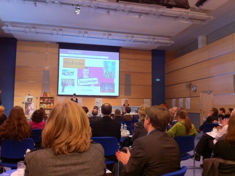 Tagung des IZI mit Anke Engelke